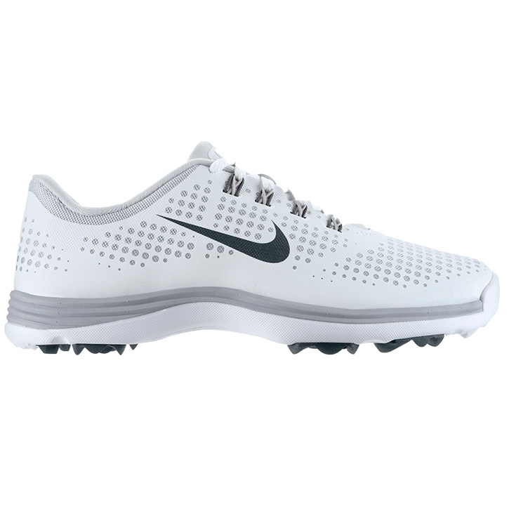 Cool OR Nike Articulated Integrated Traction Delivers Maximum Traction With A Flexible Outsole That Allows You To Move Naturally Through A Stable, Smooth Swing I Typically Buy Mens Golf Shoes Because I Find That Womens Golf Shoes Are Often