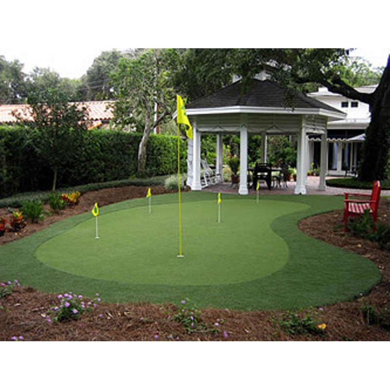 PurePutt Golf Custom Backyard Putting Green